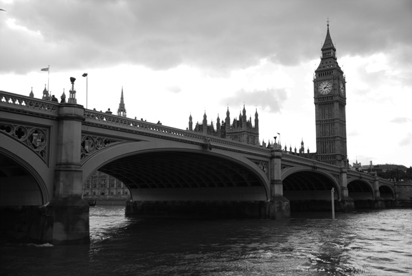 Big Ben from River Thames by 서정훈